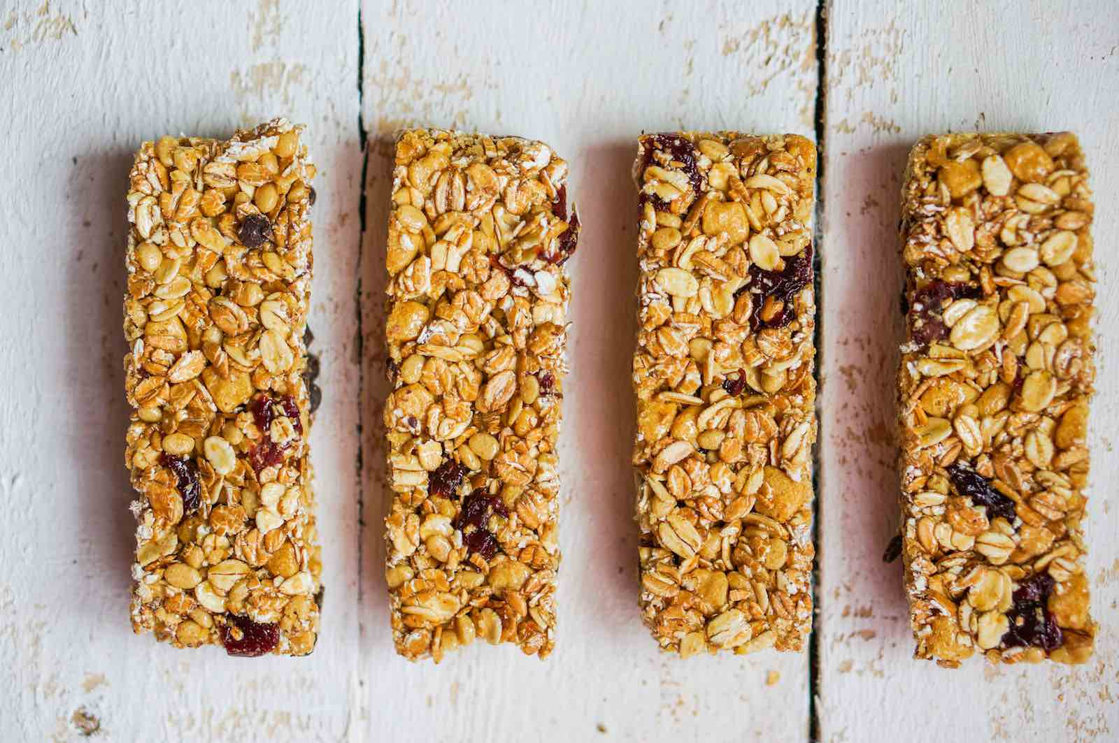 The 5 Healthiest Protein Bars For All Eaters