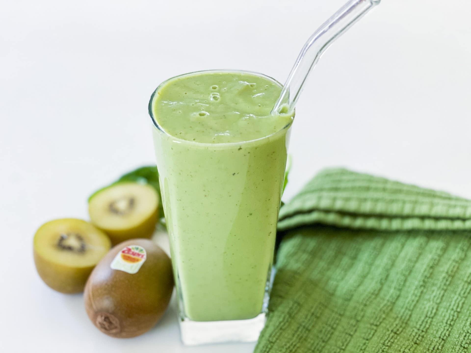 Tropical Zespri™ SunGold™ Kiwifruit Smoothie